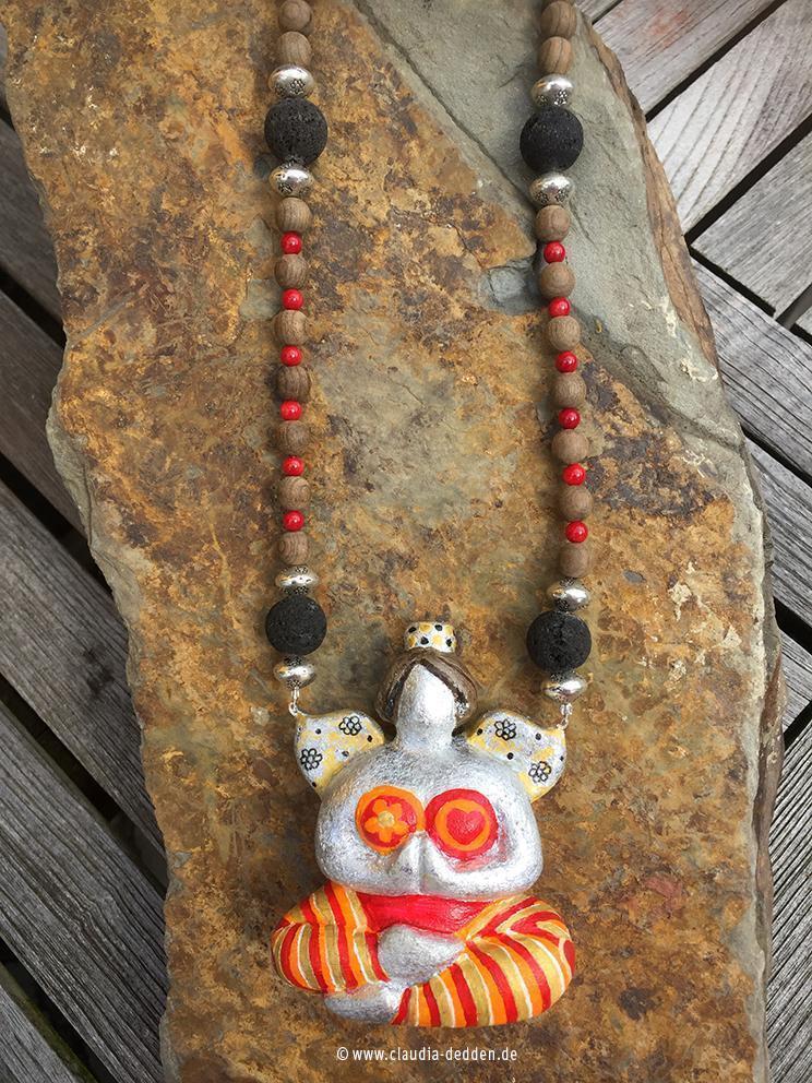 Nana-Yoga-Talisfrau mit Kette